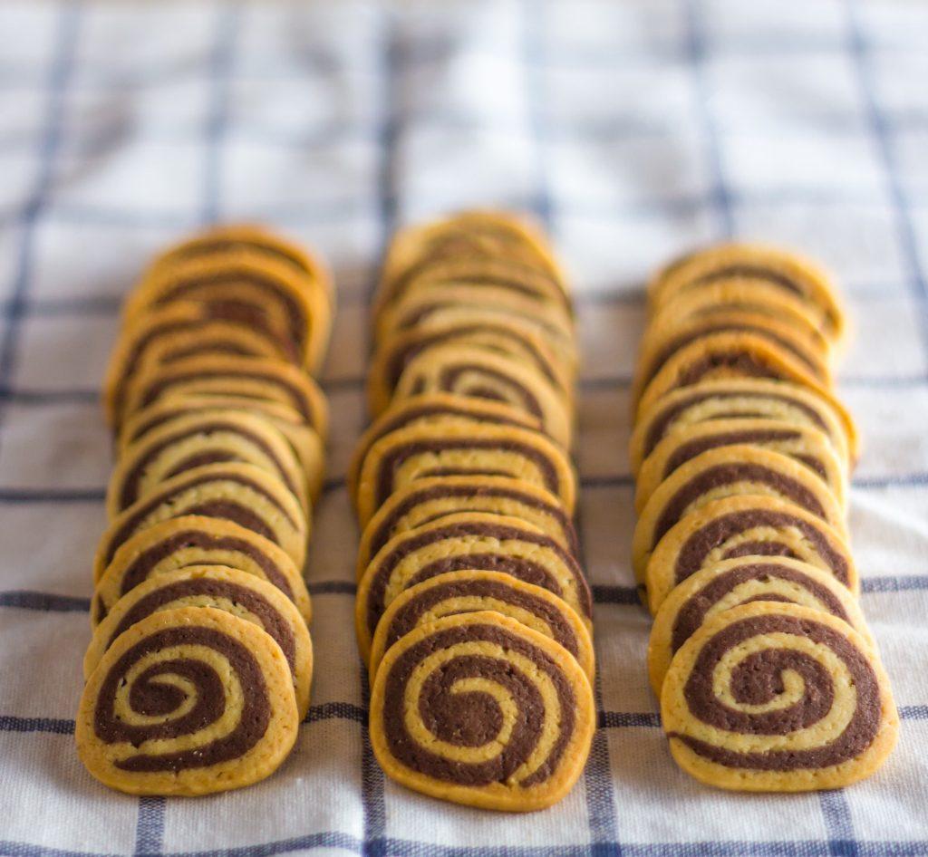 bigstock-spiral-cookies-96272756-min