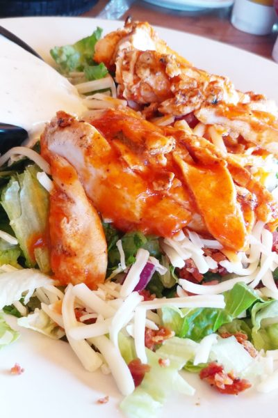 Keto Buffalo Wing Chicken Salad