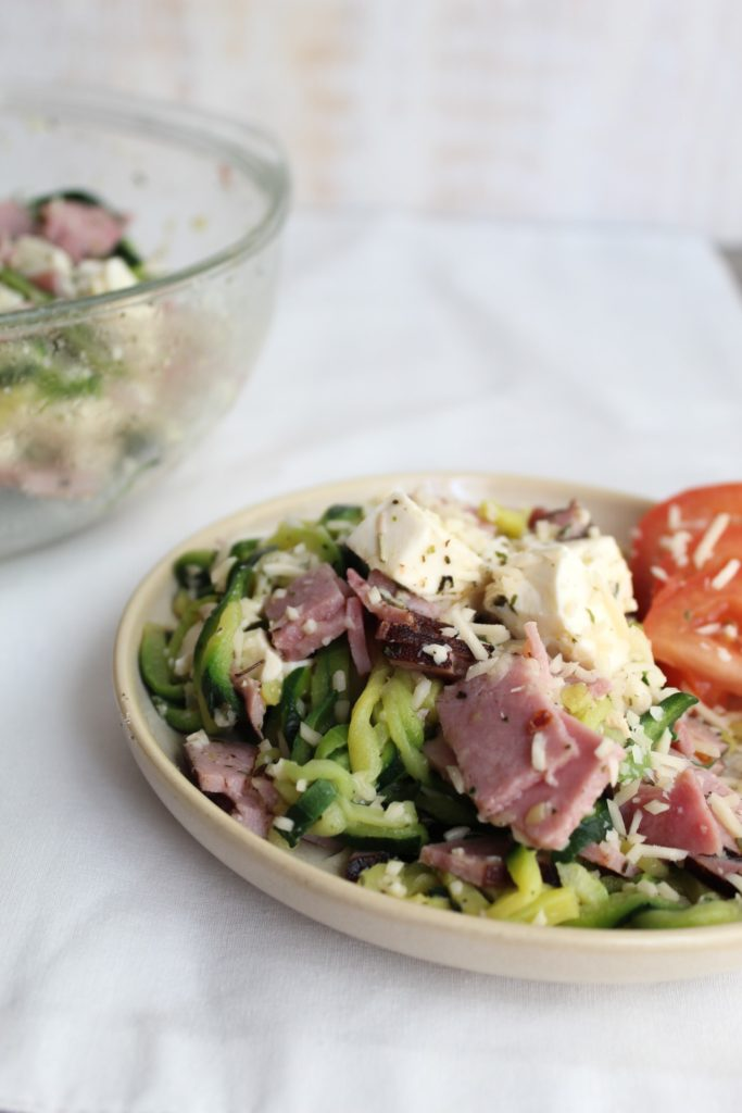 The perfect side dish to go along with your Italian Meal, or even to be eaten on its own! Loaded with the flavors of parmesan, ham, mozzarella, and italian seasoning, then finished off with the zip of vinegar. This Keto Antipasto Bowl requires no special ingredients and comes together in under 5 minutes.