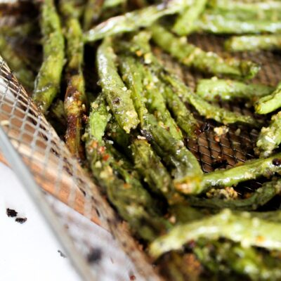 Air Fryer Green Beans {Low Carb, Ketogenic, Paleo, Grain Free, Gluten Free, THM:S}
