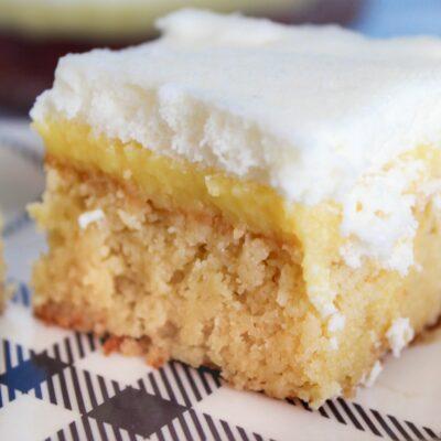 Keto Lemon Curd Cake {Low Carb, Ketogenic, THM:S, Sugar Free, Grain Free}